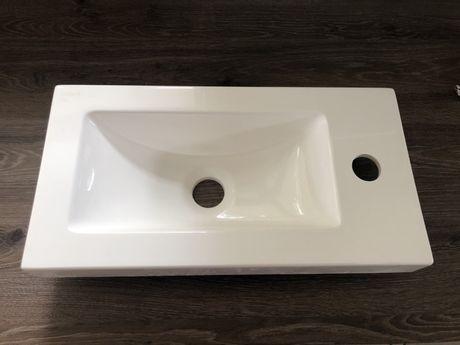 Umywalka mała 23 x 44 cm