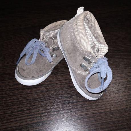 Продам детские ботинки Next