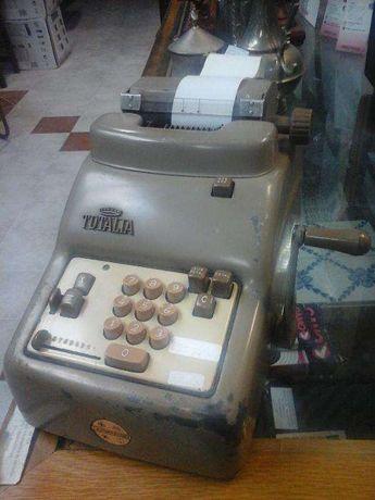 Calculadora mecânica TOTALIA
