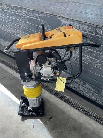 Saltitão com motor HONDA GX160