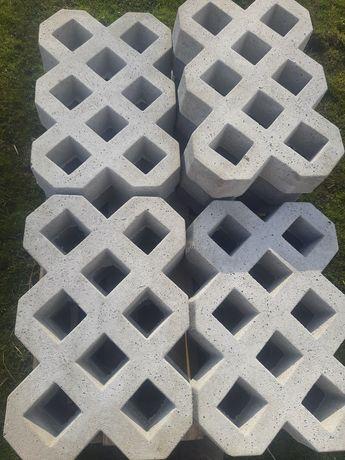 Plyty azurowe betone