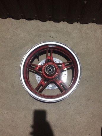 Передній диск скутера 150сс 130/60 R13
