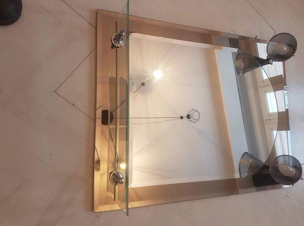lustro łazienkowe z oświetleniem i półka