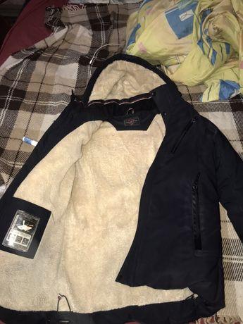 Очень теплая куртка под -30 даже подойдёт!