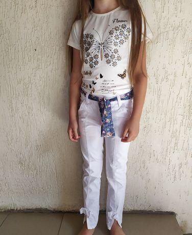 Классные белые брюки на девочку на 6-7 лет , р116
