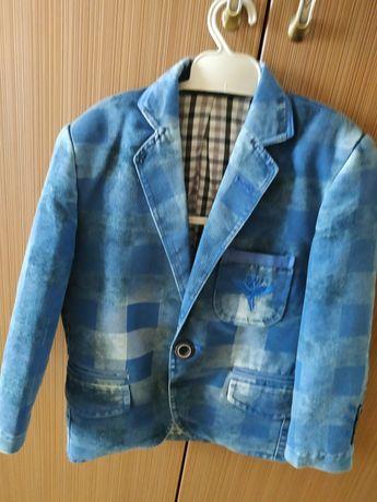Пиджак,піджак, нарядний, джинсовий, на 4-5р.