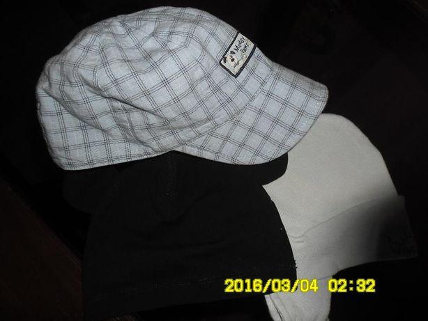czapeczki 68 zestaw