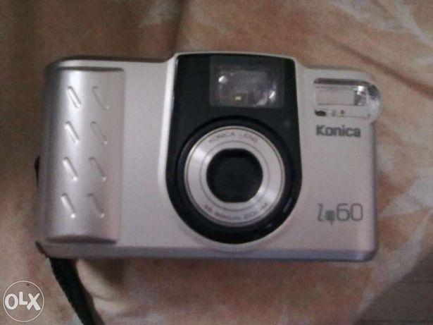 Maquina fotográfica Konica