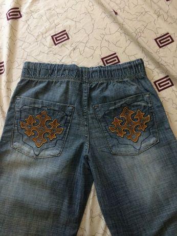 джинсы новые фирменные для мальчика летние