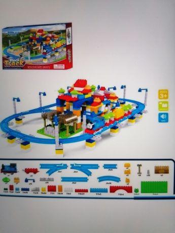 Детская Железная дорога - конструктор с паровозиком Томас лего тип
