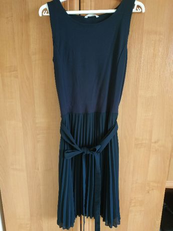 Plisowana sukienka na ramiączka