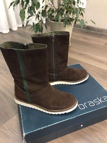 Демисезонные ботинки Braska 35р.