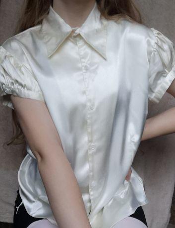 Biała koszula na krótki rękaw