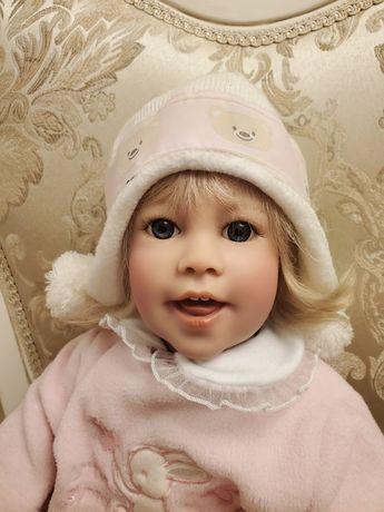 кукла коллекционная виниловая