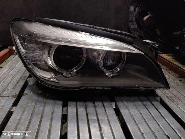 Farol direito dynamic Xenon BMW Serie 7 F01 F02 F03 F04 LCI direcional optica otica direita 7371348