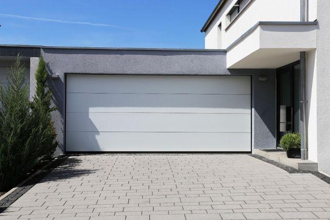 Producent Brama garażowa segmentowa Bramy garażowe przemysłowe3,01*2