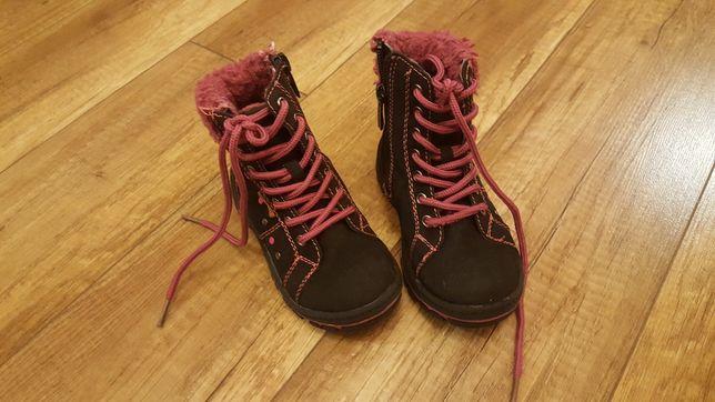 Buty zimowe botki trzewiki kozaczki roz. 24 ocieplane idealny