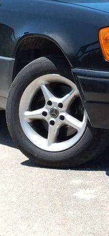 """Vendo jantes Mercedes 15"""" sem pneus"""