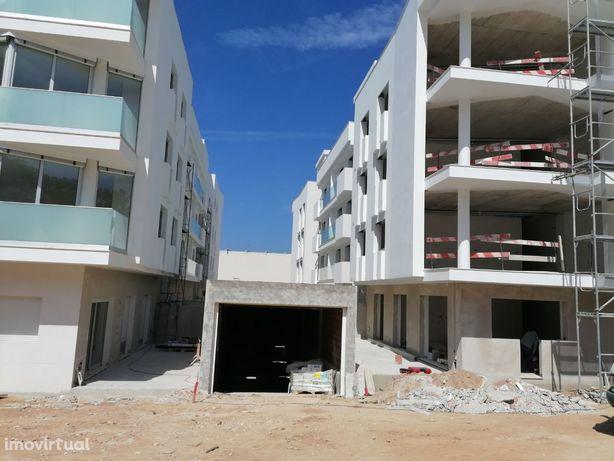 Apartamento T-2 em construção Nazaré