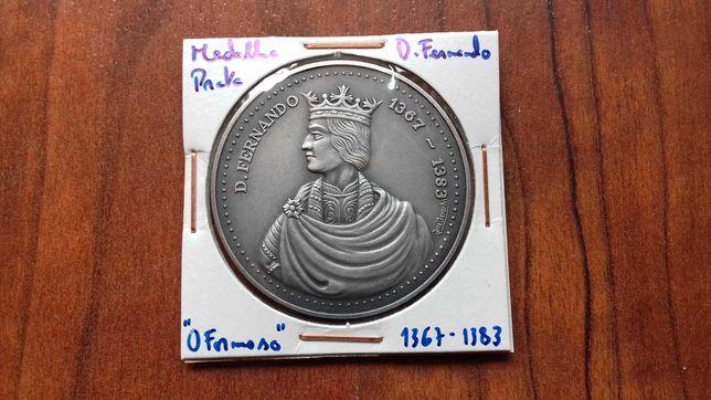 Medalha de Prata de D. Fernando I, O Formoso