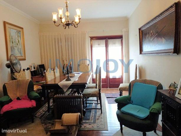 Apartamento T3 para Venda nas Fontaínhas