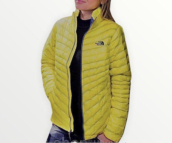 Куртки женские The North Face с капюшоном (демисезонные)