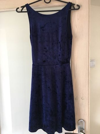 Welurowa sukienka H&M XS
