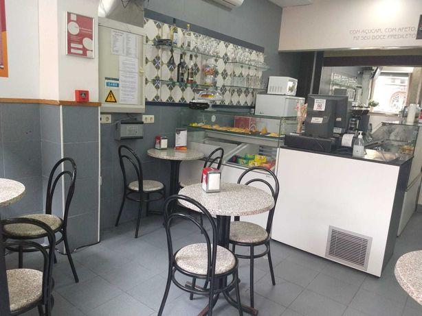 Trespasse de Café & Snack Bar no Centro de Braga - ótima localização!