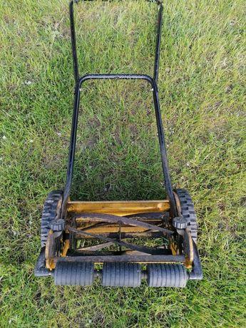 Ręczna kosiarka do trawy