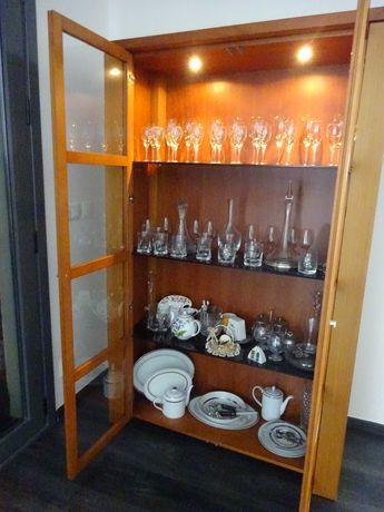 Cristaleira Sala de jantar Madeira de nogueira