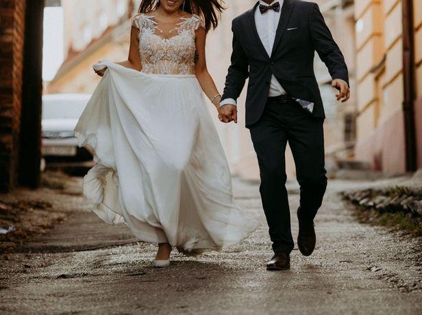 Delikatna suknia ślubna Chloe