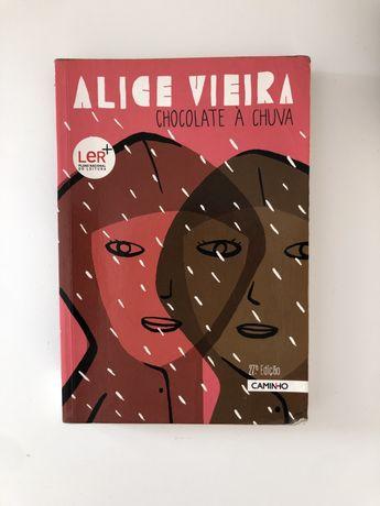 """Livro """"Chocolate à chuva"""" de Alice Vieira"""