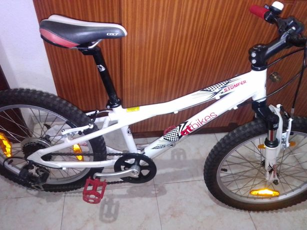 Bicicleta de criança r20.