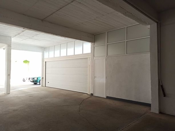 Garagem Alcobaça 2 carros com mezanine