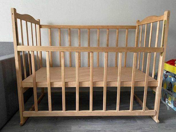 Детская кроватка ,  кроватка-трансформер дёшево в отличном состоянии