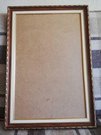 Рамка для картины или вышивки