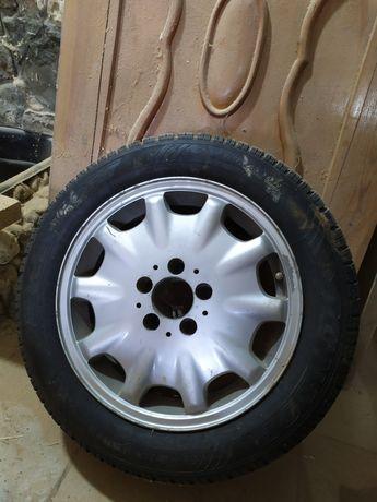 Продам шину резину с диском