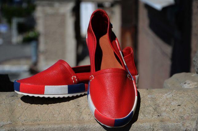 Кожаные женские мокасины/туфли