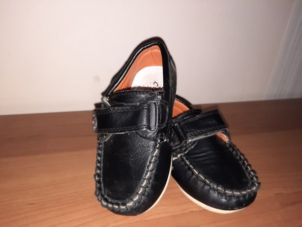 Туфли макасини на мальчика 22 размер в отличном состоянии