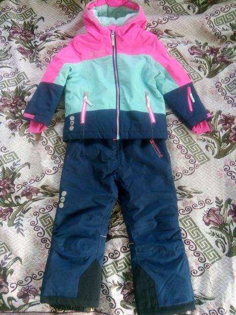 Дитячий зимовий костюм