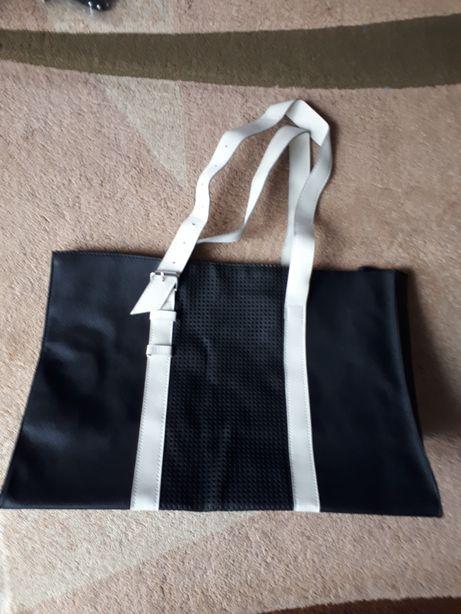 Nowa torebka od avon