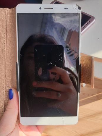 Telefon duży z obudową