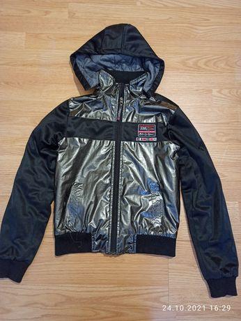 Куртка бомпер черная