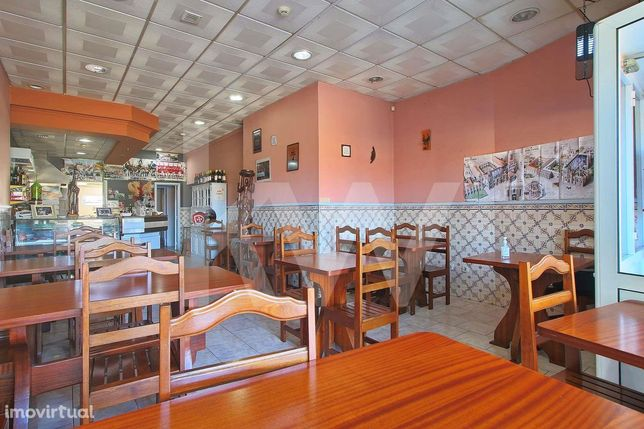 Vende loja/Restaurante em funcionamento com rentabilidade, localizado