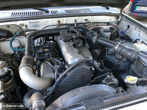Motor Mazda B2500 2.5Td 110cv WL-T Caixa de Velocidades Arranque + Alternador + Arcondicionado