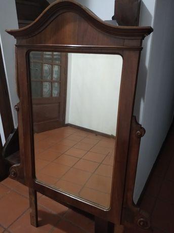 Espelho de madeira maciça