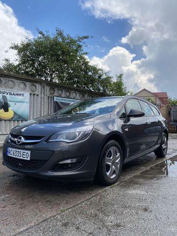 Цену снижено! Opel Astra J ecoFLEX 2015год. 1.6 Дизель