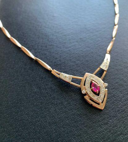 Золотое колье с рубином и бриллиантами 19 камней 20,35г