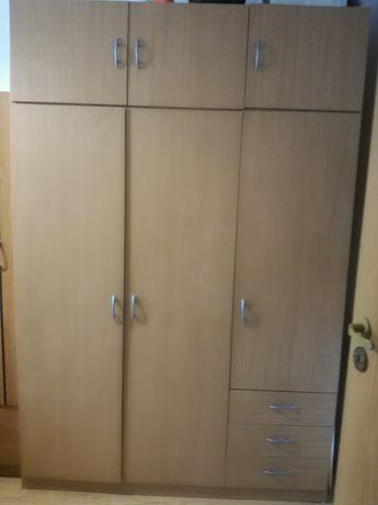 Szafa duża 3 drzwiowa