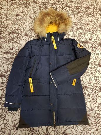 Продам  подростковую зимнюю куртку